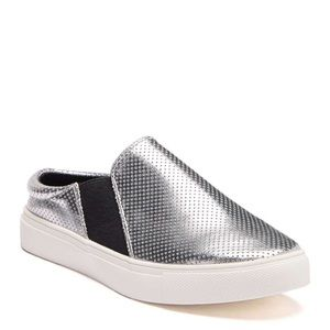 de6c598f007 NIB Jane and the Shoe Lenny Perforated Sneaker